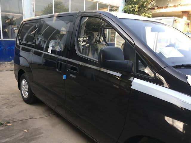 Hyundai Starex bán tải 2017 màu nâu đen hoàn toàn mới IMG 0773