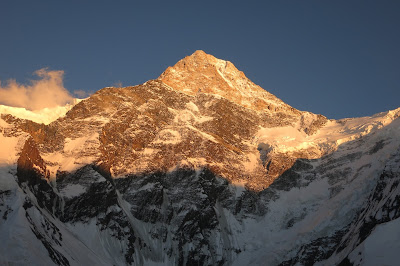 Vuorikiipeilyä kauneimmillaan Khan Tengri