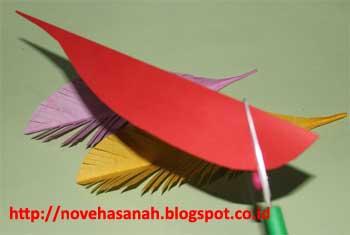 bahan dekoratif yang sederhana namun indah dan cara pembuatan yang mudah untuk membuat bulu burung imitasi