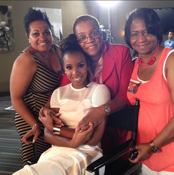kelly rowland mother
