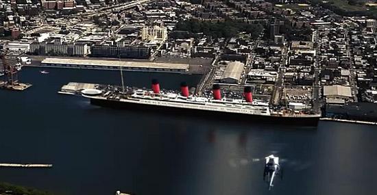 Titanic II - réplica do navio porto