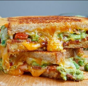 Bacon Guacamole Grilled Cheese Sandwich #meal #lunch
