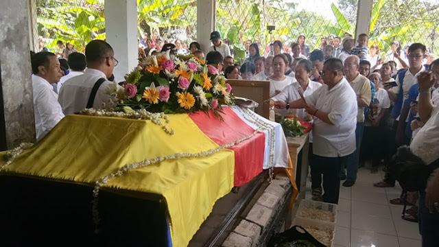 Wujud Empati, Bati Tuud Koramil 08/Adipala Hadiri Pemakaman Banthe Dharma Puja Tera