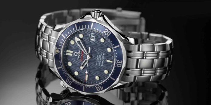 0540c75259b3 Cronometra las Olimpíadas desde 1932 y fue el primer reloj usado en la  luna. ¿Necesito decir más  Buena parte de sus relojes varían entre los  3.000 y ...