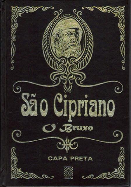 Ilustração do livro de São Cipriano em capa preta.