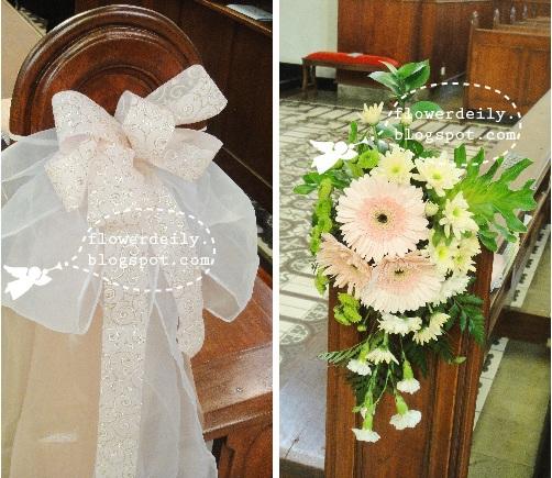 Simple Wedding Church Pew Decorations: Wedding Church Décor: Colorful Tropical