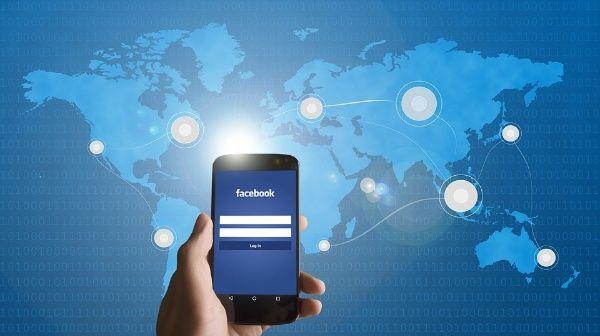 """Facebook anuncia medidas para """"vigilar"""" contenido político"""