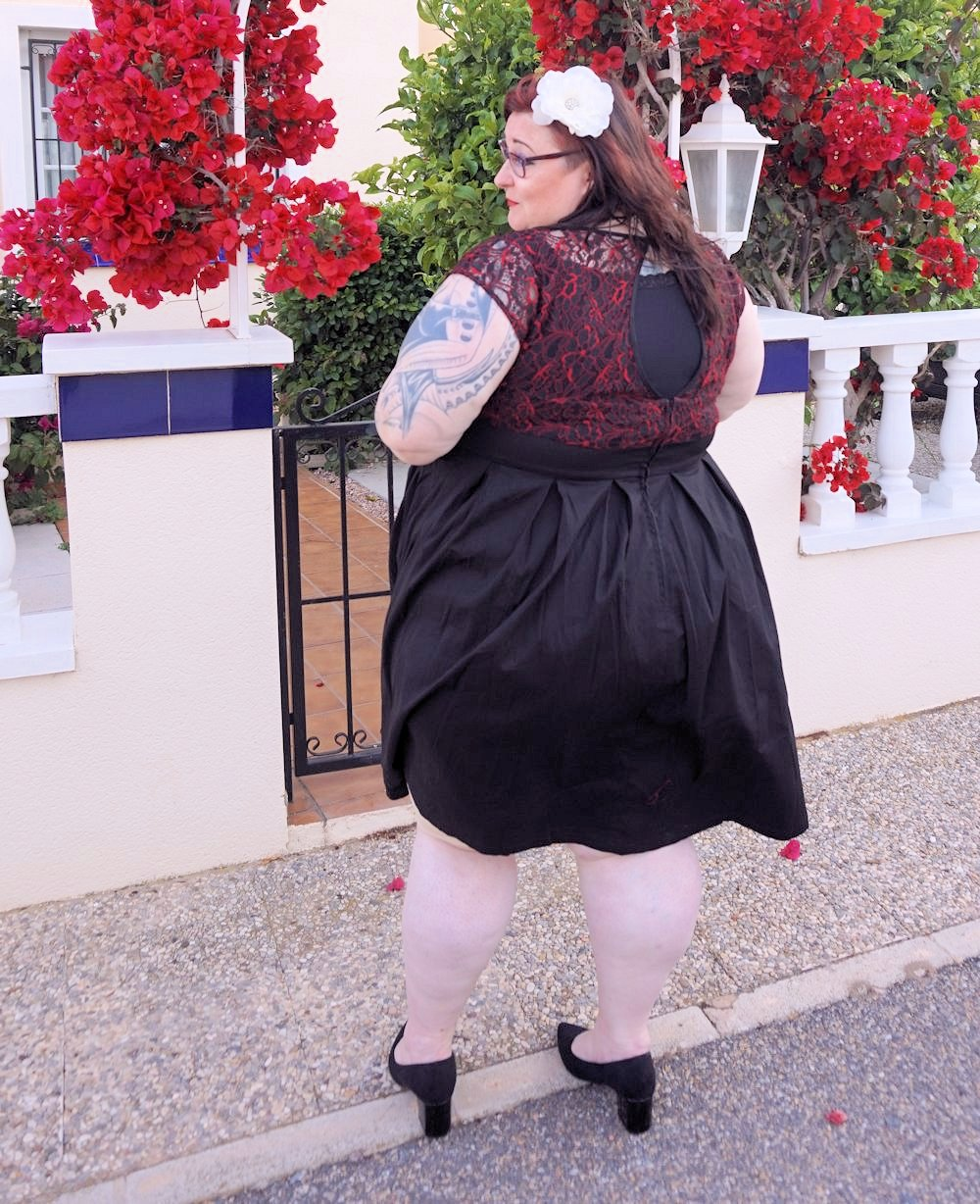 Lindy Bop Verona plus size swing dress 50s style vintage size 26 red and black