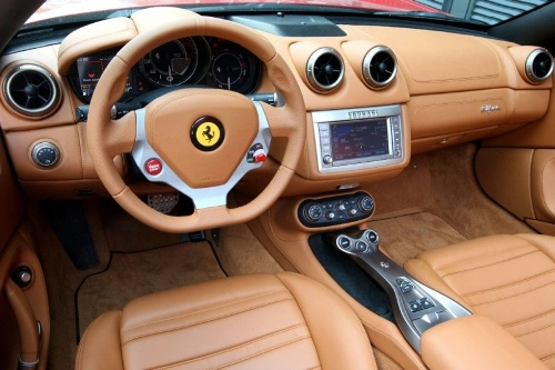 Ferrari Ferrari California 2010 Interior