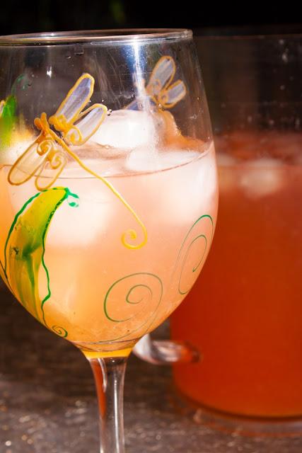 http://www.lazygastronome.com/strawberry-lavender-lemonade/