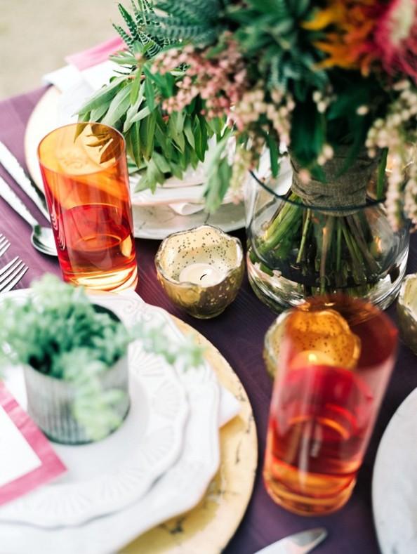 vasos de tubo naranjas portavelas de cristal mercurizado en boda colorista y bohemia chicanddeco