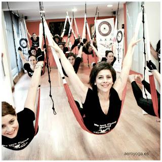 yoga en el aire