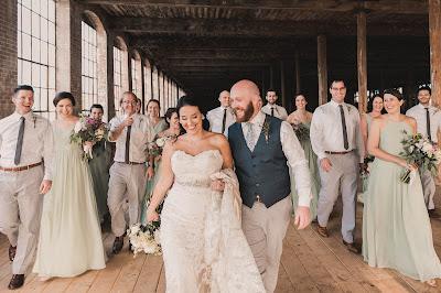 First looks weddings