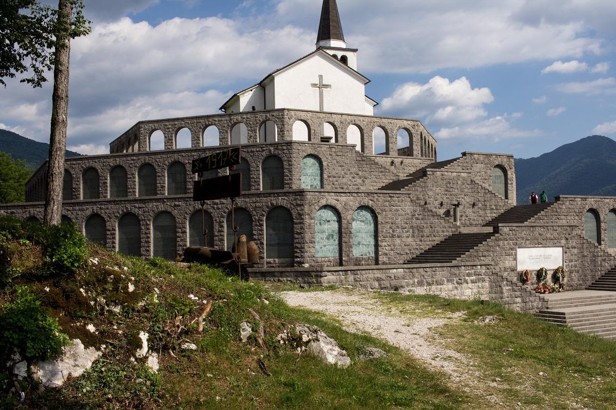 Sacrario dei Caduti di Caporetto - Denkmal Kobarid