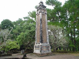 Obelisco en Tumba Imperial Tu Duc