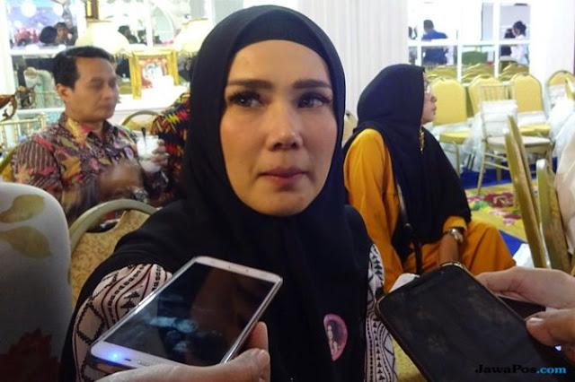 Mulan Jameela: Ahmad Dhani Gunakan Kotoran Hidung Obati Asam Urat