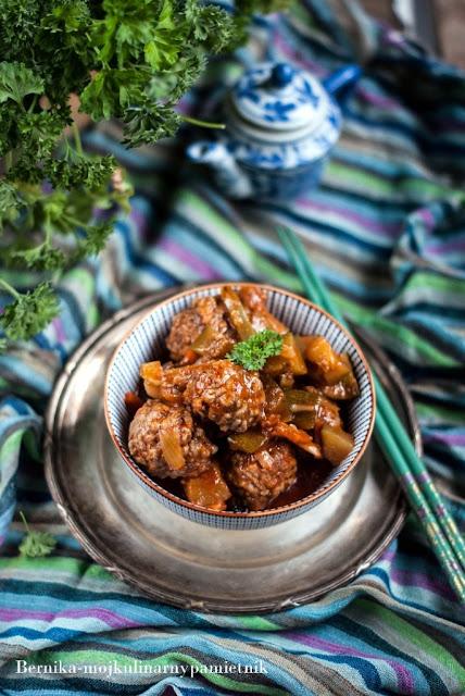 wolowe, mieso mielone, kofty, sos slodko-kwasny, cukinia, bernika , obiad, kulinarny pamietnik, curry