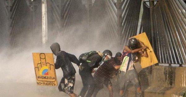 Muere otro estudiante en una protesta contra Maduro en Venezuela