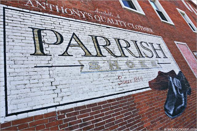 Anuncio Fábrica Parrish de la Película Jumanji en Keene, New Hampshire