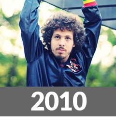 http://www.melhoresdamusicabrasileira.com.br/2010/12/os-100-melhores-albuns-da-musica.html