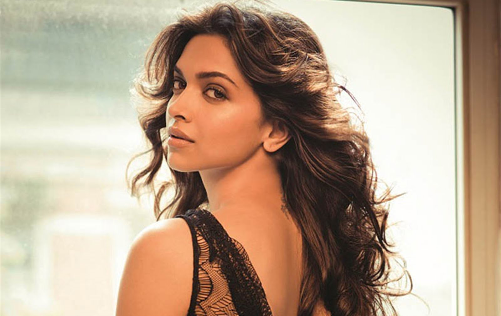 Deepika Padukone Biography, Bra Size, Age, Weight, Height ...