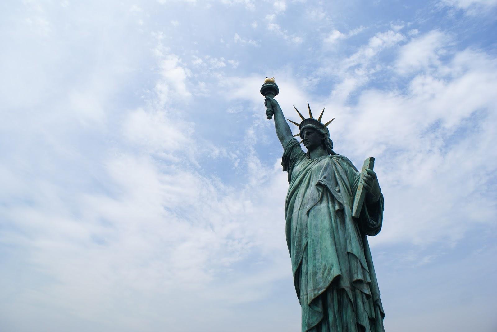 tokyo odaiba japan statue of liberty