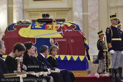 Funeraliile  REGELUI  MIHAI  I  al  ROMÂNIEI  *  Interviu  *  ELIAN  BĂCILĂ