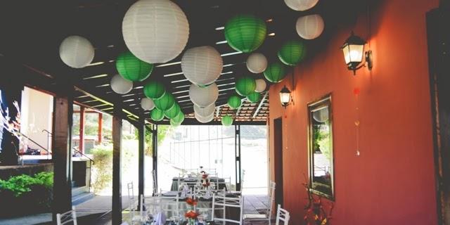 romantico-vintage-noiva-po-arroz-lanternas-japonesas