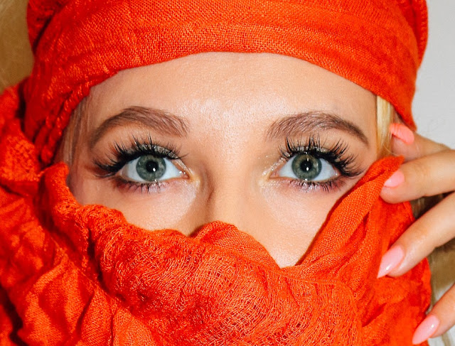 How To Longer, Stronger And Healthy Lashes Naturally