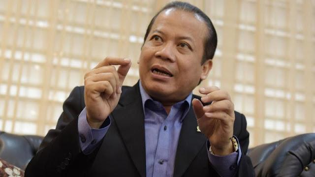 Kronologi Kasus Korupsi Taufik Kurniawan