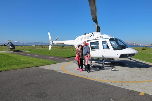 Muy nerviosos antes del vuelo en helicóptero