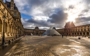 Wallpaper: Louvre Museum