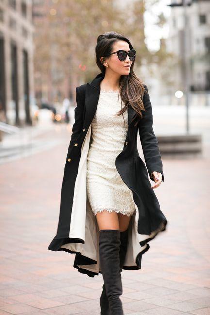 Outfit vestido negro con botas largas