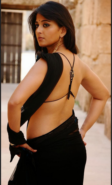Anushka Shetty Tamil Actress Stylish Wallpapers