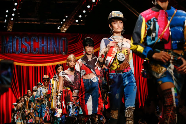 #MFW: Moschino FW17 Runway and Bags Report