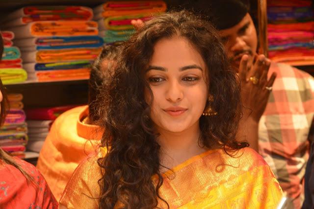 Kajal Aggarwal looks Super duper cute in Silk Saree at Kalamandir 25th Store Launch WOW