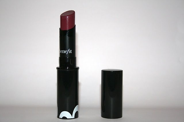 Benefit No Complications Lipstick