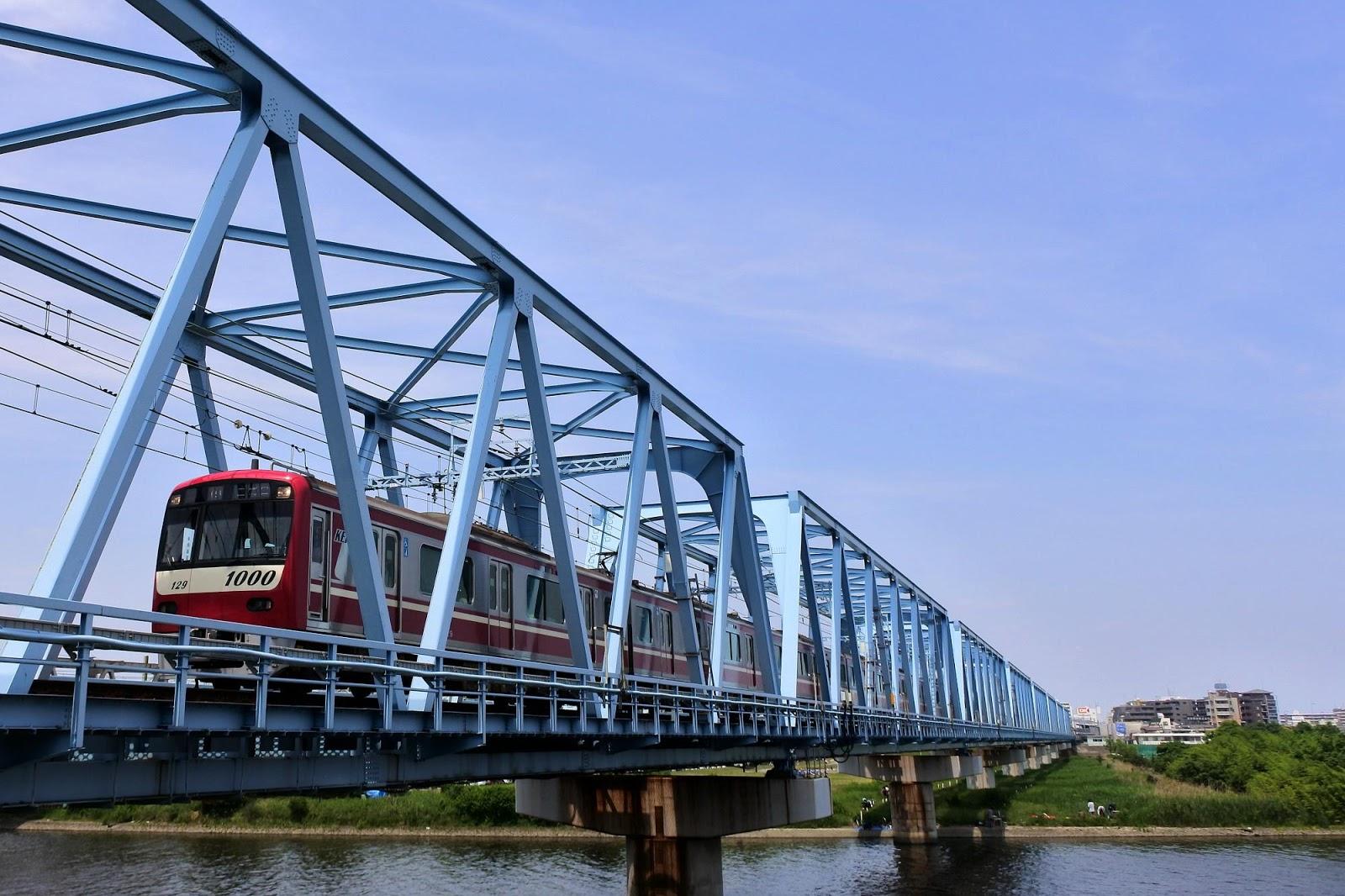 京急のある風景。。。: 六郷橋に...