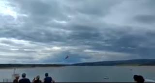 Vídeo flagra exato momento em que helicóptero cai às margens de rio