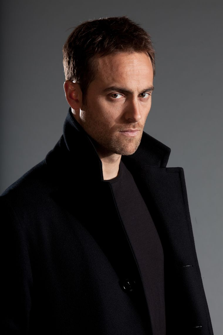 Entertainment...Here For You!: Stuart Townsend: Twitter ...