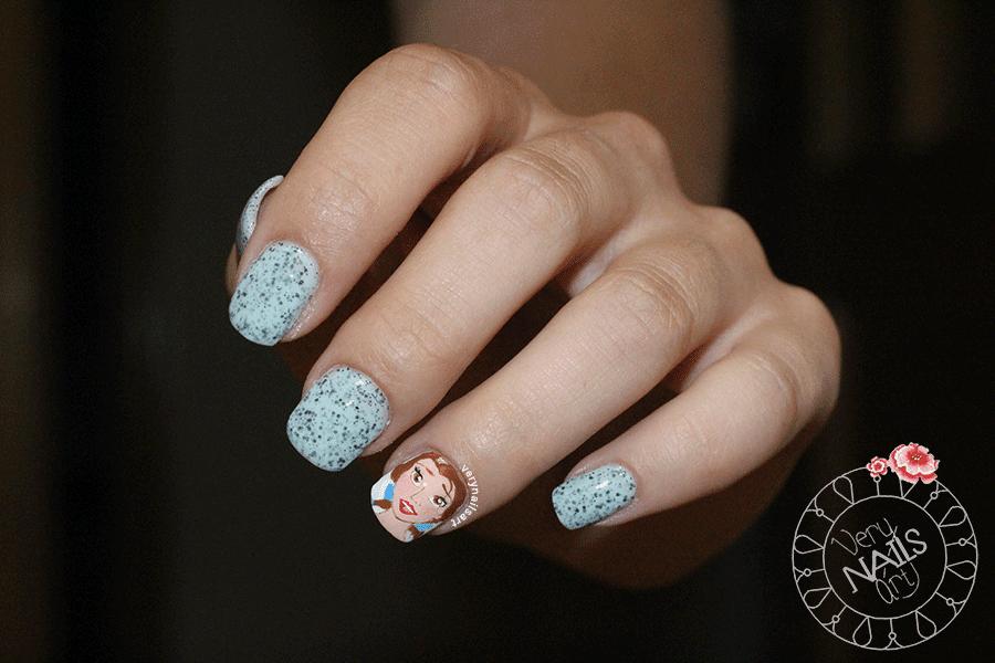 unas-decoradas-disney-nail-art-bella