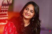 Anushka at Rudramadevi Promotion-thumbnail-7