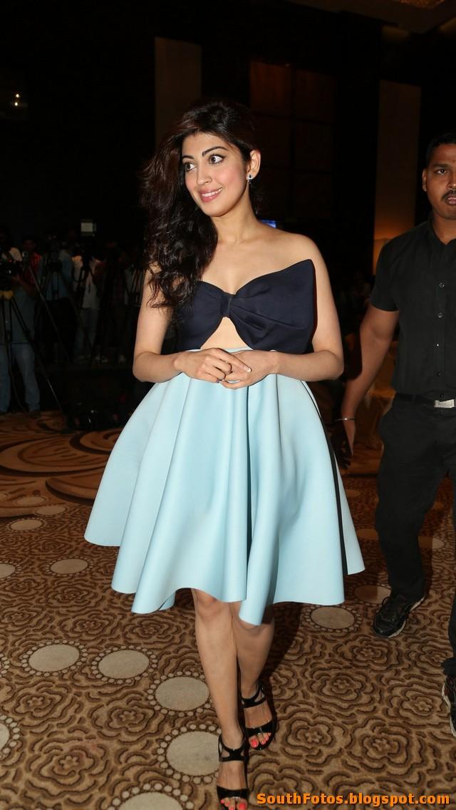 Pranitha Subhash Latest Hot Pics