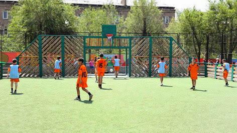26 campos de fútbol se abrirán en Armenia en un mes