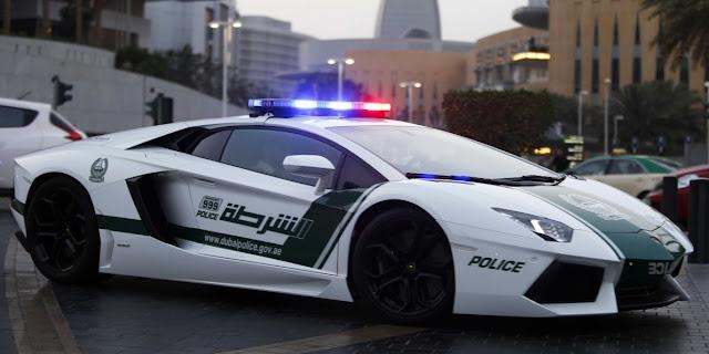 Coches de policía de Dubai - police car - Lamborghini