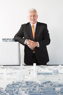 Luc Barthassat et maquette TPG