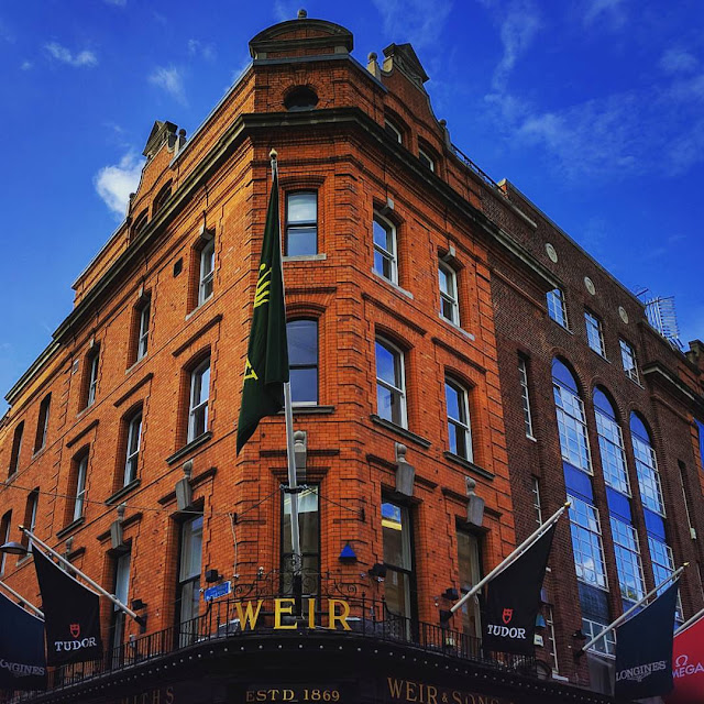 Dublin Day Out: Brick building on Grafton Street