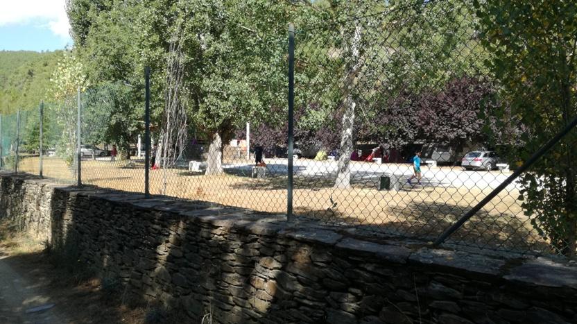 Parque de Campismo da relva da Reboleira