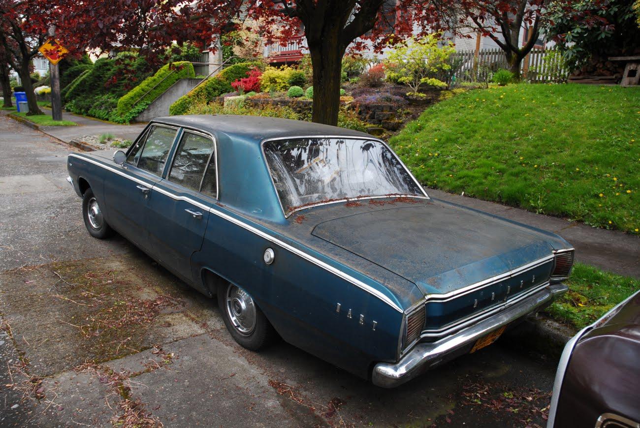 Old Parked Cars 1967 Dodge Dart 270