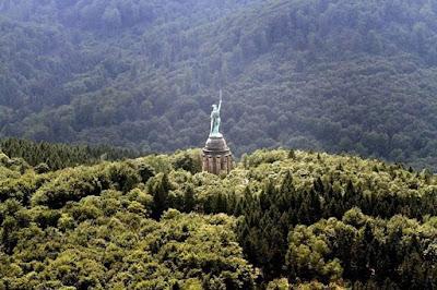 Monumento Hermannsdenkmal en el Bosque de Teutoburgo